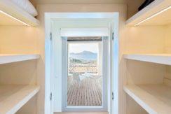 Minimal Villa in Paros, Insterni area 16