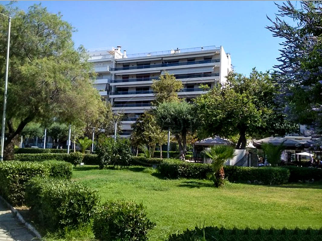 Roof Top Maisonette by the Sea in Athens Palaio Faliro