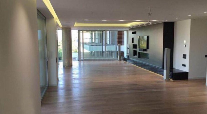 4 bedroom luxury penthouse for sale in Glyfada. Glyfada luxury house, Glyfada Athens for sale. Luxury Apartments in Greece