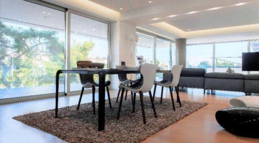 4 bedroom luxury penthouse for sale in Glyfada. Glyfada luxury house, Glyfada Athens for sale. Luxury Apartments in Greece4