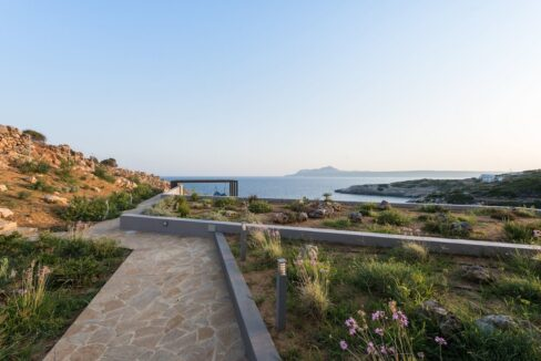 Amazing Seafront Villa in Crete. Property for sale in Crete Chania, property for sale in Greece beachfront 4
