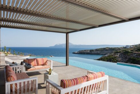 Amazing Seafront Villa in Crete. Property for sale in Crete Chania, property for sale in Greece beachfront 8
