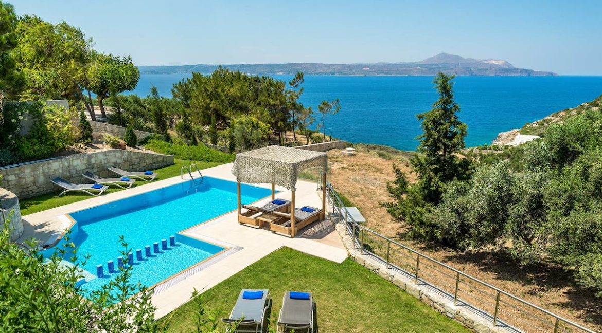 Beach Villa For Sale Crete, Plaka. Villas for sale in Crete, Villa with Sea View in Crete, Plaka Crete, property for sale in Crete Chania 1
