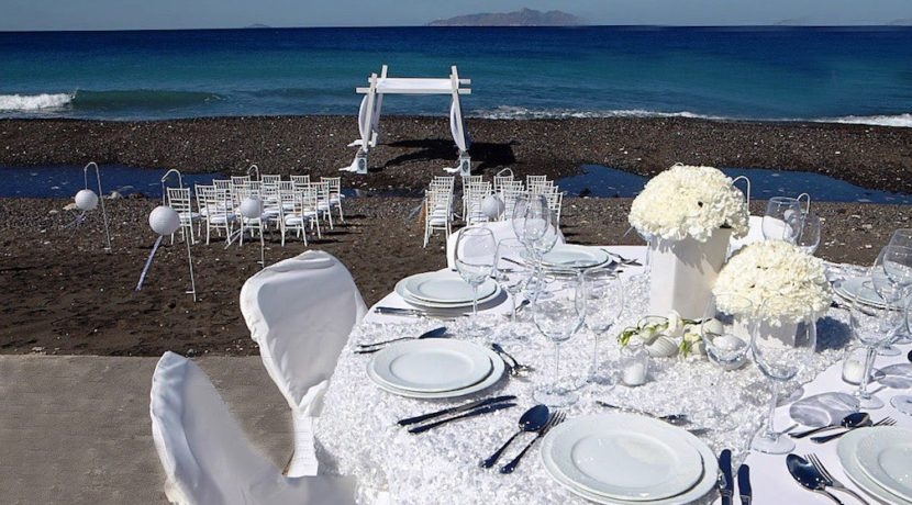 Seafront Property for Hotel in Santorini 8