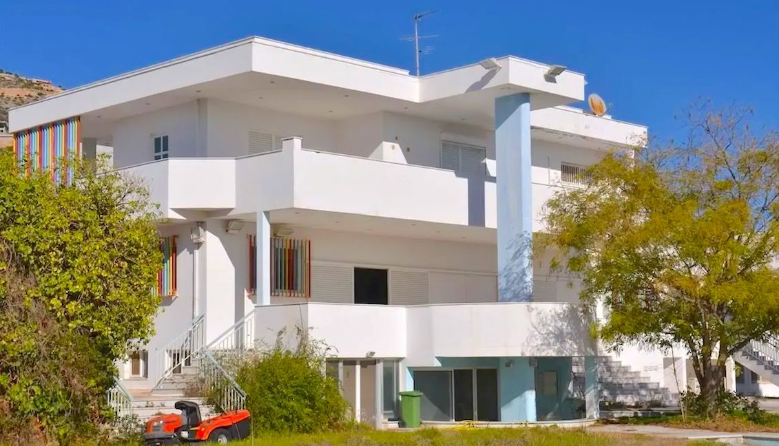 Villa in Anavyssos Attica, Villa in Athens