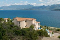 7 bedroom luxury Villa for sale in Theologos, one hour outside Athens .jpg 17