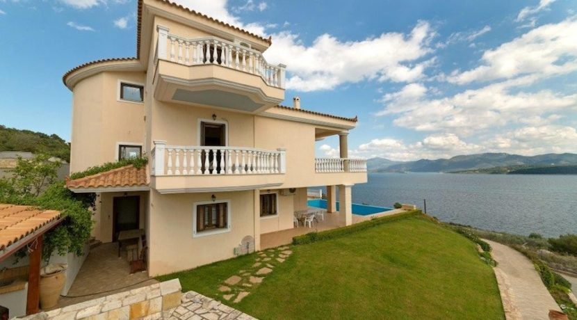 7 bedroom luxury Villa for sale in Theologos, one hour outside Athens .jpg 20