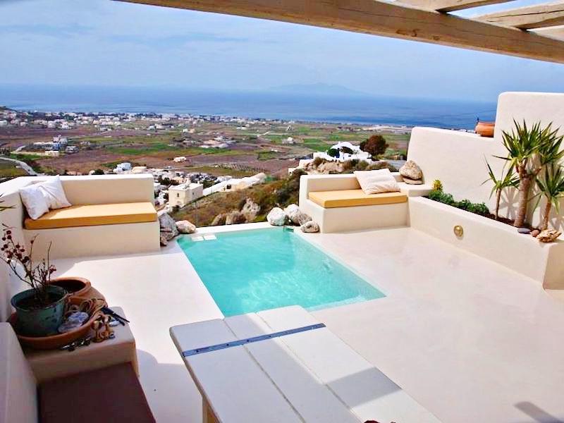 Beautiful Restored Villa in Santorini