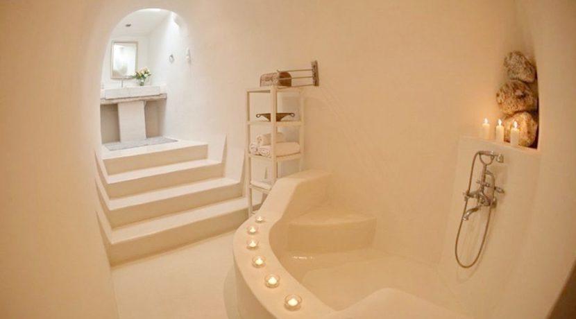 Beautiful Restored Villa in Santorini 13