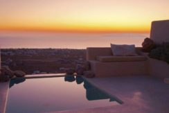 Beautiful Restored Villa in Santorini 6