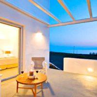 Boutique hotel of 5 Apartments at Finikia of Oia, Santorini 1