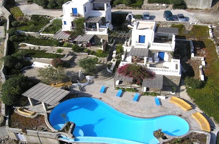 Complex of 9 Apartments in Ornos Mykonos, Hotel Mykonos for sale