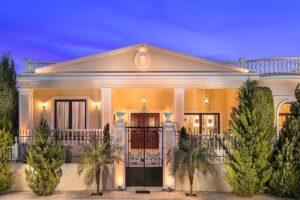 Villa in Crete, Luxurious Property Crete ,Classic Greek Villa
