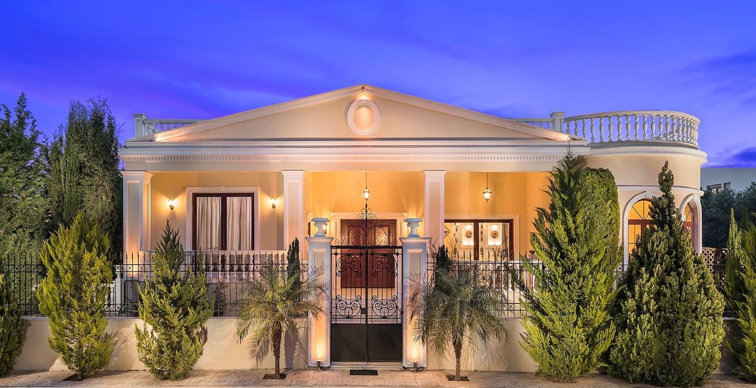 Luxurious, Classic Greek Style Top Villa in Crete Chania