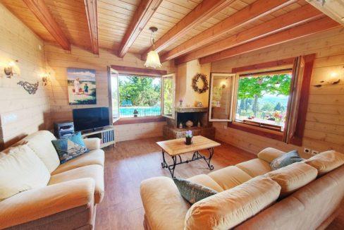 Wooden Luxury villa in Corfu 10