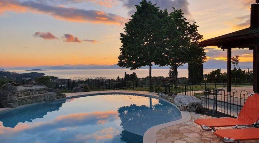 Wooden Luxury villa in Corfu 16