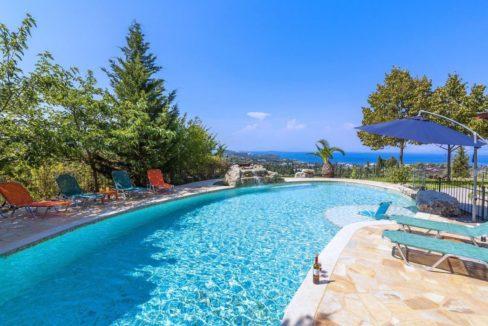 Wooden Luxury villa in Corfu 20