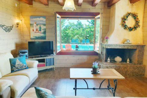 Wooden Luxury villa in Corfu 4