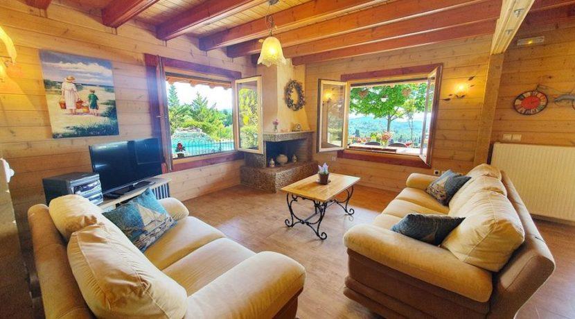 Wooden Luxury villa in Corfu 8