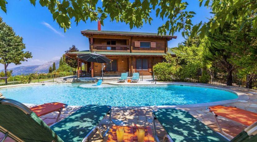 Wooden Luxury villa in Corfu 9