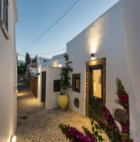 Santorini cave house for sale, traditional cave house Santorini for sale 1