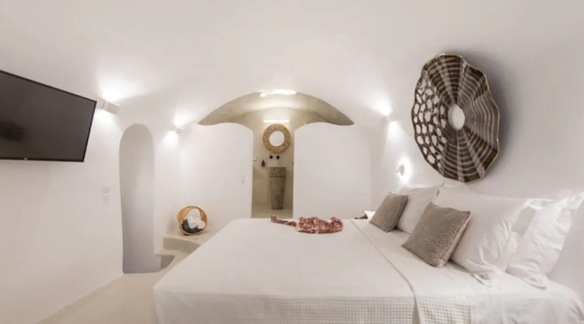 Santorini cave house for sale, traditional cave house Santorini for sale 10