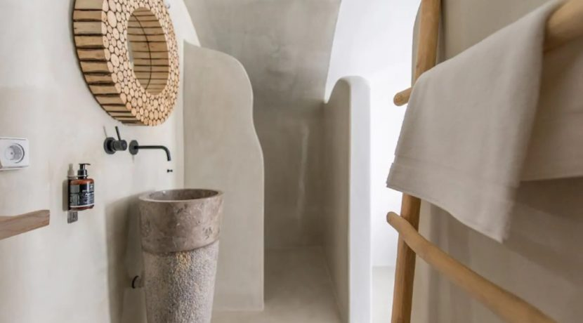 Santorini cave house for sale, traditional cave house Santorini for sale 11
