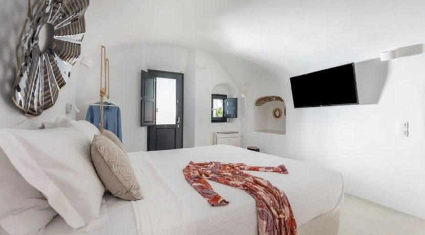 Santorini cave house for sale, traditional cave house Santorini for sale 13