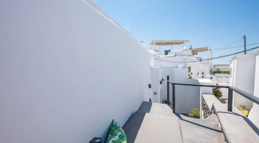 Santorini cave house for sale, traditional cave house Santorini for sale 17