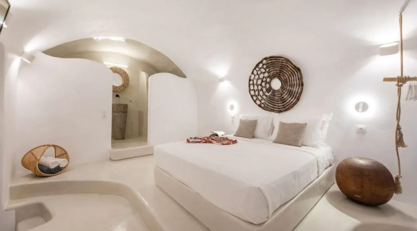 Santorini cave house for sale, traditional cave house Santorini for sale 25