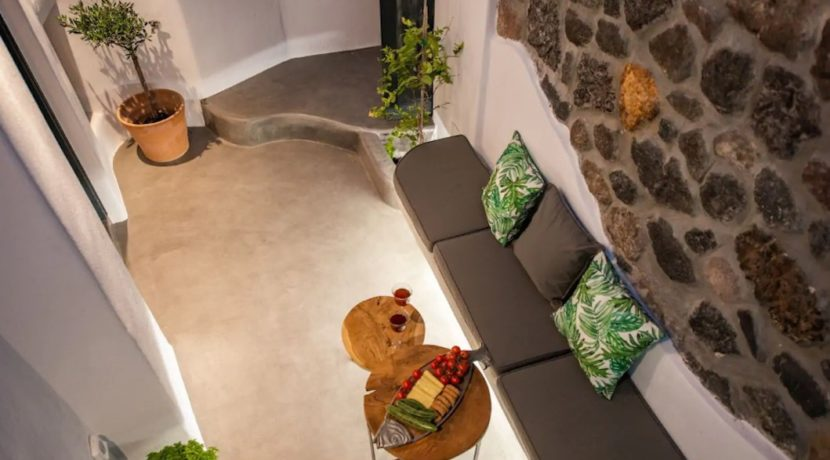 Santorini cave house for sale, traditional cave house Santorini for sale 4