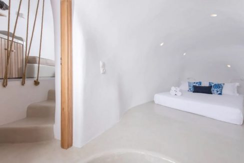 Santorini cave house for sale, traditional cave house Santorini for sale 9