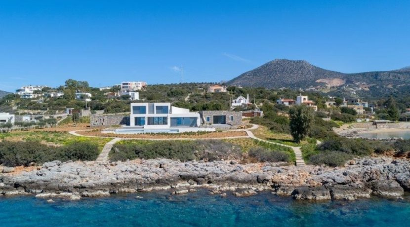 Seafront Luxury Villa 450 m² in Crete, Agios Nikolaos:Amazing location, just in front the amazing sea. Super luxury villas on the sea at Crete 11