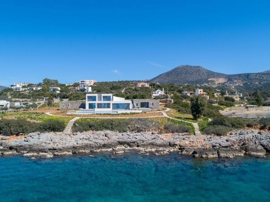 Seafront Luxury Villa in Crete, Agios Nikolaos