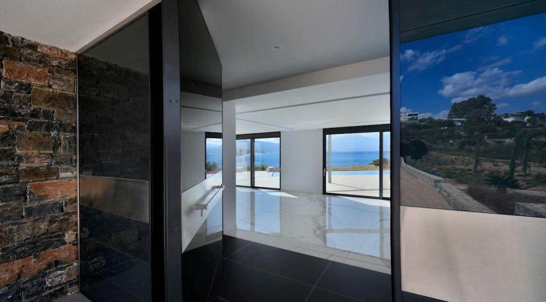 Seafront Luxury Villa in Crete, Agios Nikolaos 3