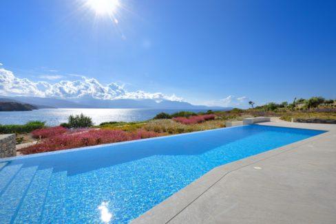 Seafront Luxury Villa in Crete, Agios Nikolaos 8