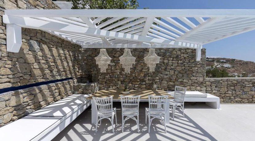 2 Villas at Tourlos Mykonos for sale 15