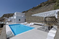 2 Villas at Tourlos Mykonos for sale 16