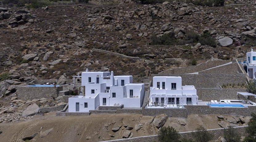 2 Villas at Tourlos Mykonos for sale 20