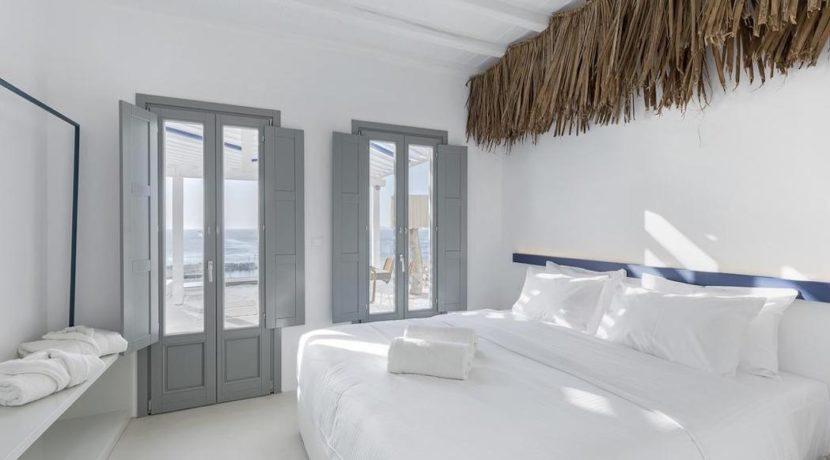 2 Villas at Tourlos Mykonos for sale 29