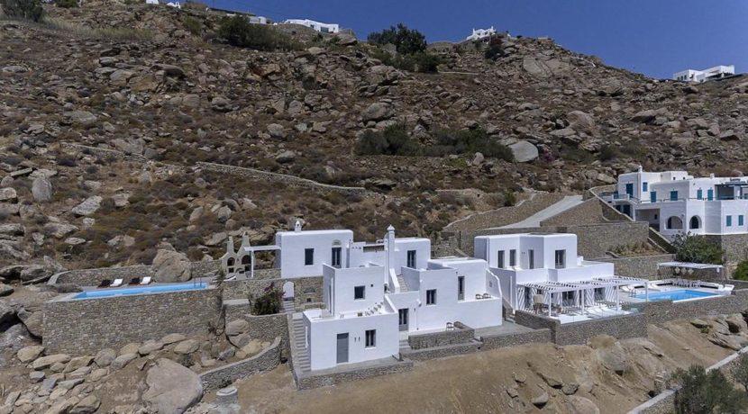 2 Villas at Tourlos Mykonos for sale 33