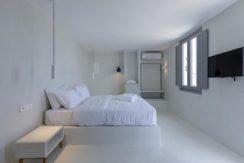2 Villas at Tourlos Mykonos for sale 35
