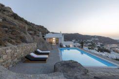 2 Villas at Tourlos Mykonos for sale 38