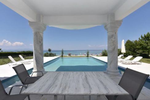 Beachfront-Villa-at-Polychrono-Halkidiki-1