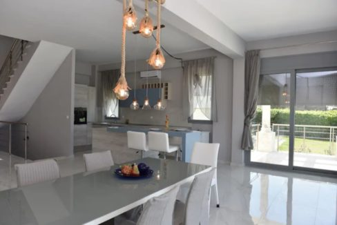 Beachfront Villa at Polychrono, Halkidiki 11