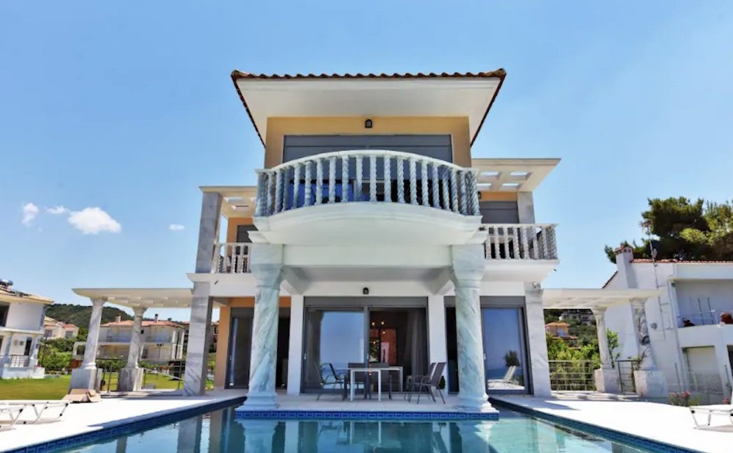 Beachfront Villa at Polychrono, Halkidiki 23