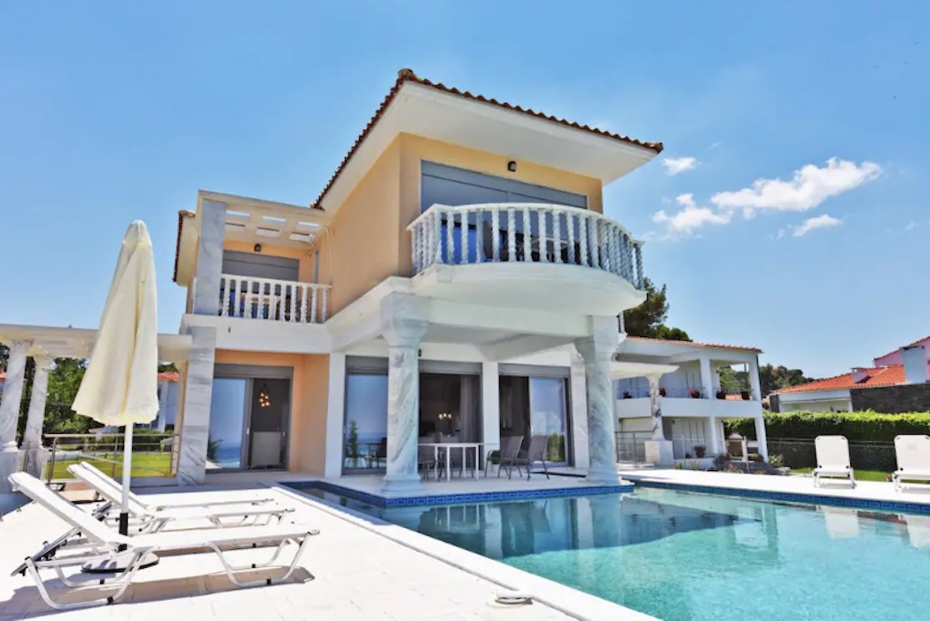 Beachfront Villa at Chanioti Halkidiki