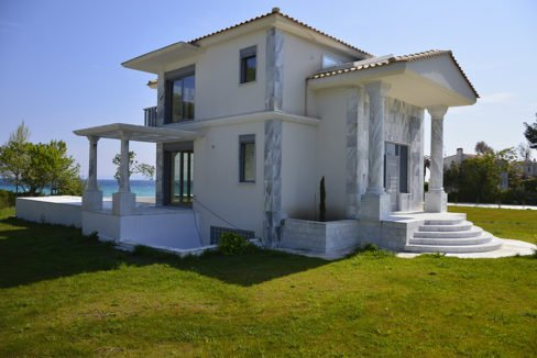Beachfront Villa at Polychrono, Halkidiki 25