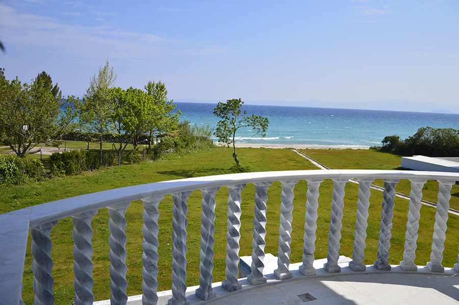 Beachfront Villa at Polychrono, Halkidiki 26