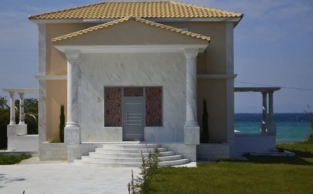 Beachfront Villa at Polychrono, Halkidiki 6